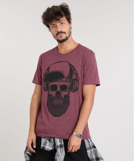 fcc35d3d1 Camiseta Masculina com Estampa de Caveira Manga Curta Gola Careca ...