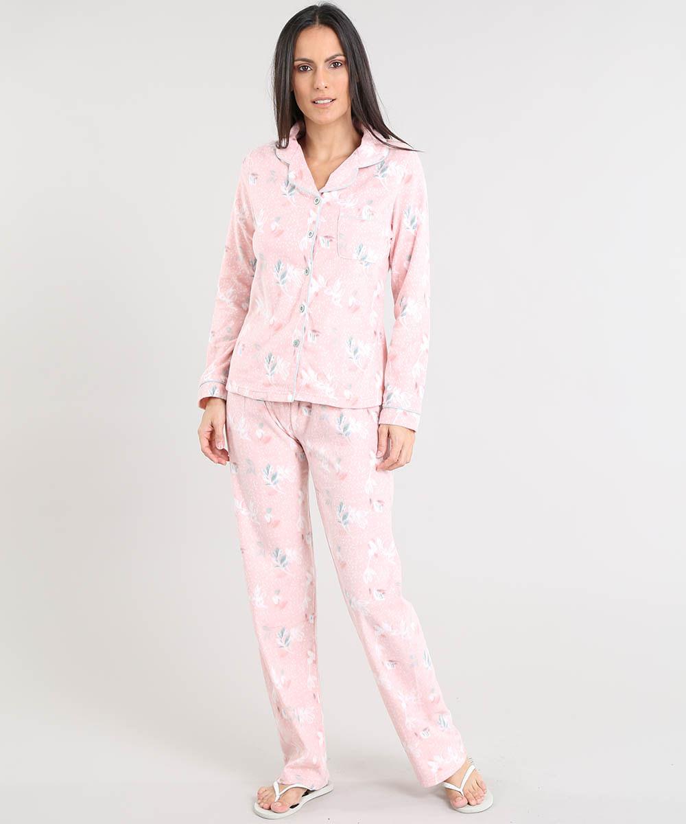 5730b8366 Pijama de Inverno Feminino Estampado Floral em Fleece Manga Longa ...