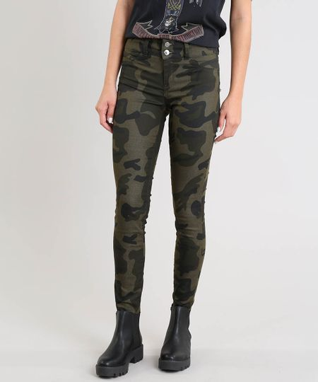 f0341c79c Menor preço em Calça de Sarja Feminina Super Skinny Pull Up Estampada  Camuflada Verde Militar