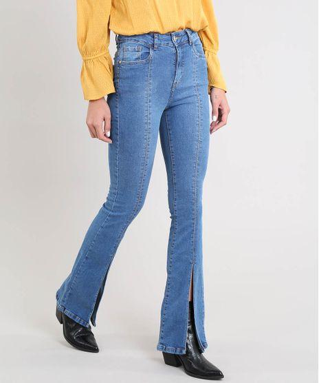 8a98d7605 Calca-Jeans-Feminina-Flare-com-Fenda-Azul-Medio-