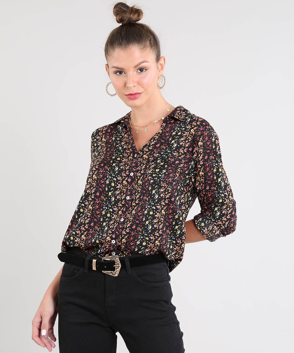 7952a54ec Camisa Feminina Estampada Floral com Bolso Manga Longa Preta - cea