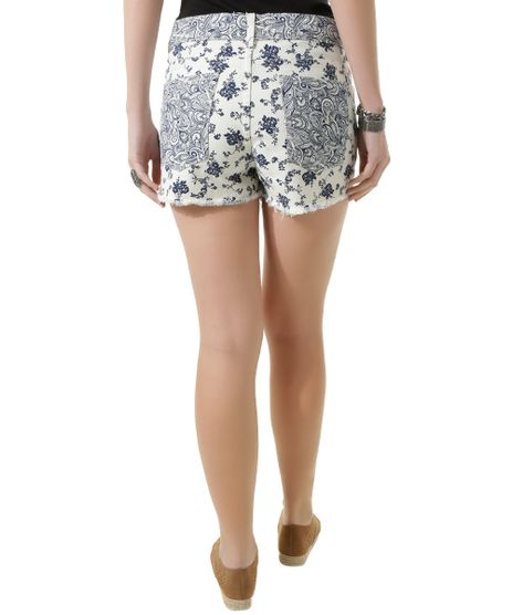 //www.cea.com.br/short-estampado-floral-relaxed-off-white-8434800-off_white/p