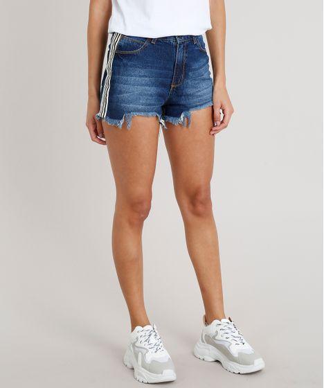 225b2c242 Short Jeans Feminino Vintage com Faixa Lateral Listrada Azul Escuro ...