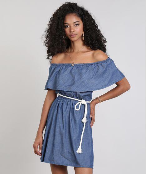 ca00e75700 Vestido Jeans Feminino Ombro a Ombro com Babado e Cinto Azul Escuro ...