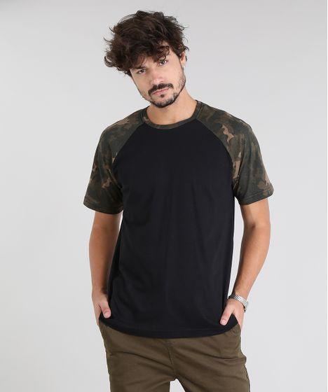 8e71c035aa Camiseta Masculina Raglan com Estampa Camuflada Manga Curta Gola ...